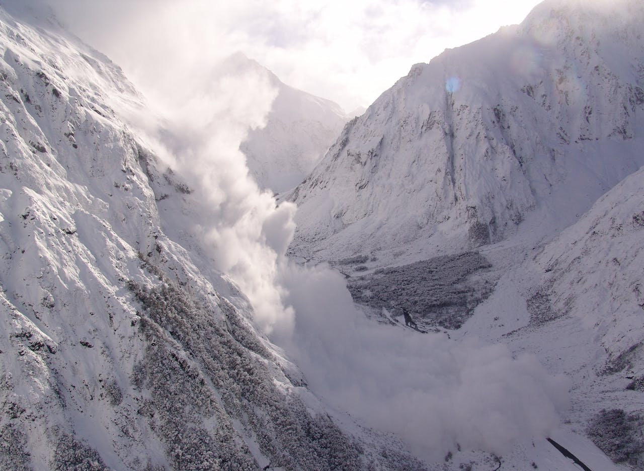 Avalanche man Wayne Carran has been working on Milford Rd for 29 years releasing avalanches
