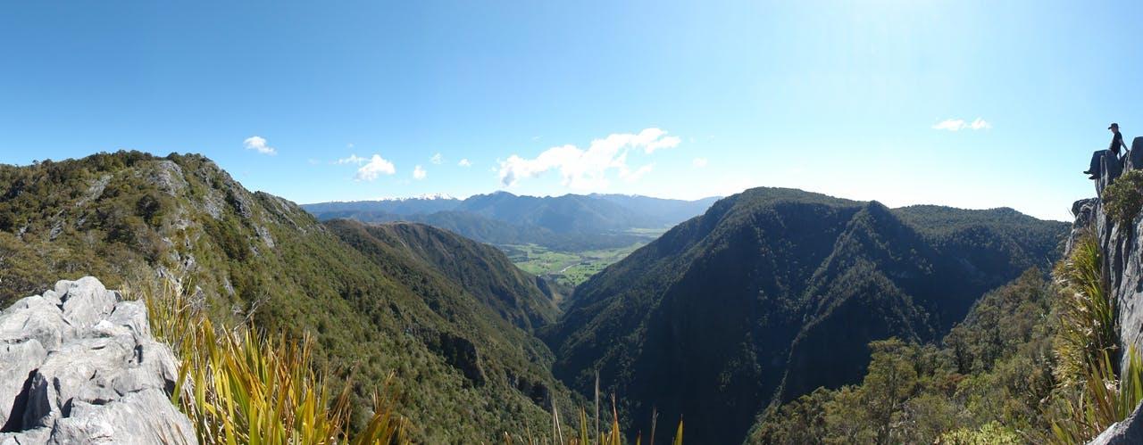 The Gorge creek offers some of the best scenery in Abel Tasman National Park. Photo:Jiri Nehyba