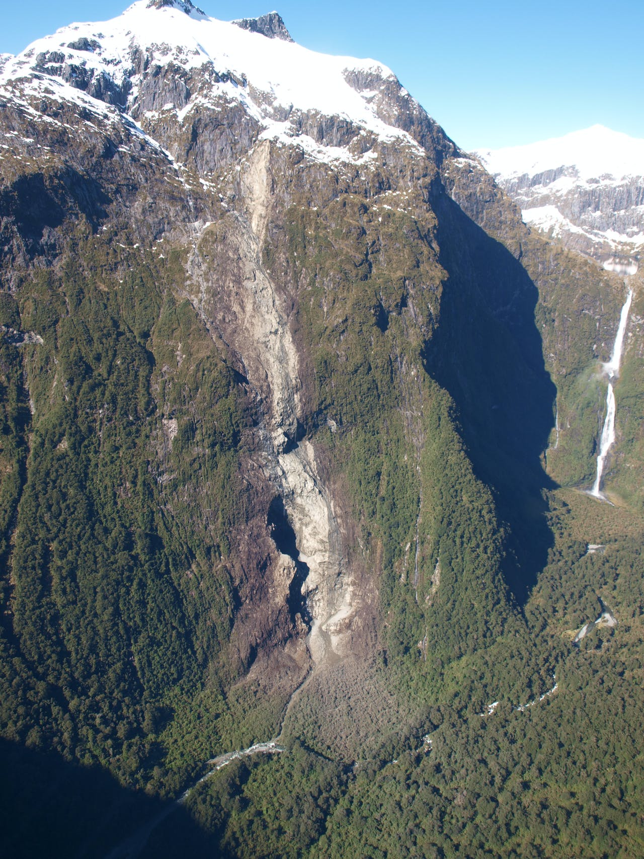 Milford Track trampers no longer have access to Sutherland Falls after a huge rockfall from Mt Hart