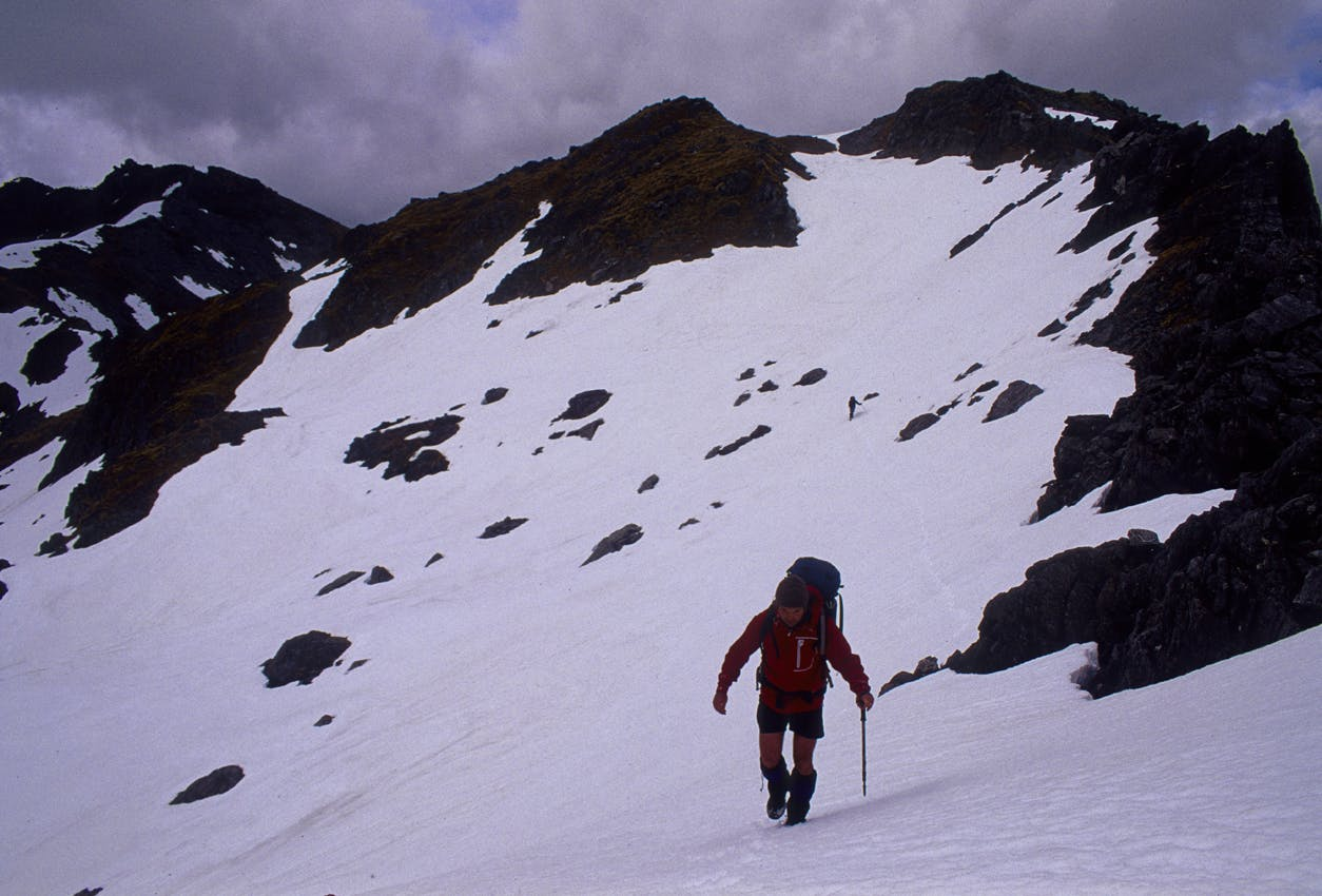 Traversing the snowy tops of the Toaroha Range