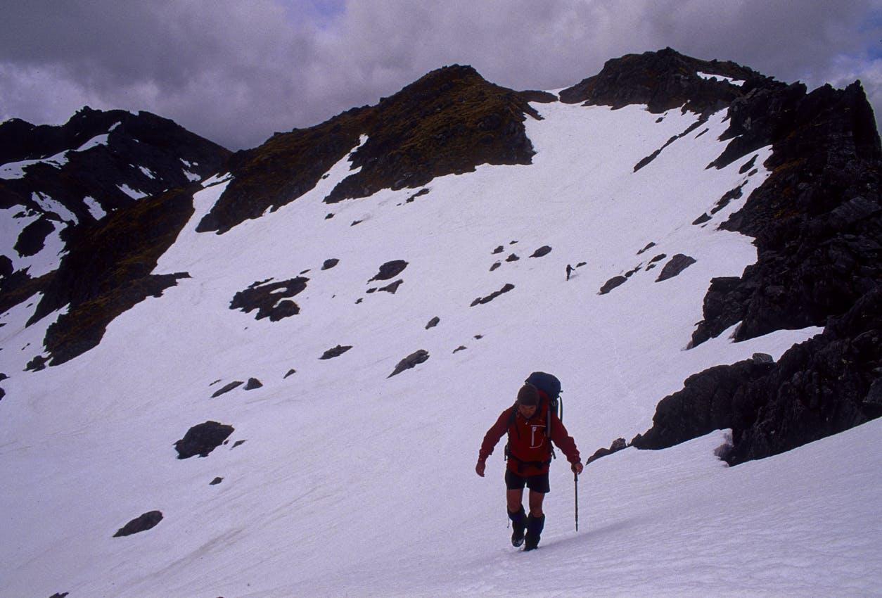 Traversing the snowy tops of the Toaroha Range