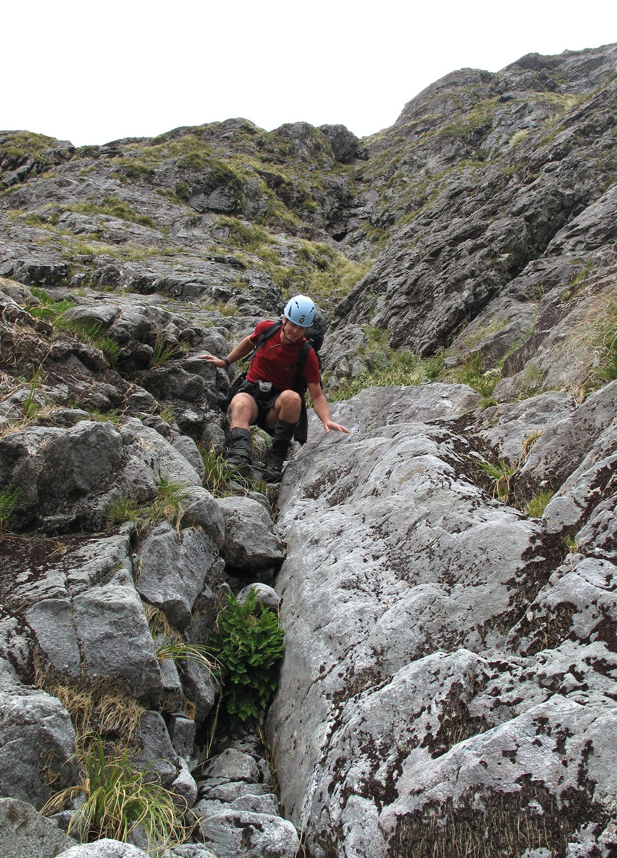 Descending the rocky chute that is Gifford Gap. Photo: Richard Daviss
