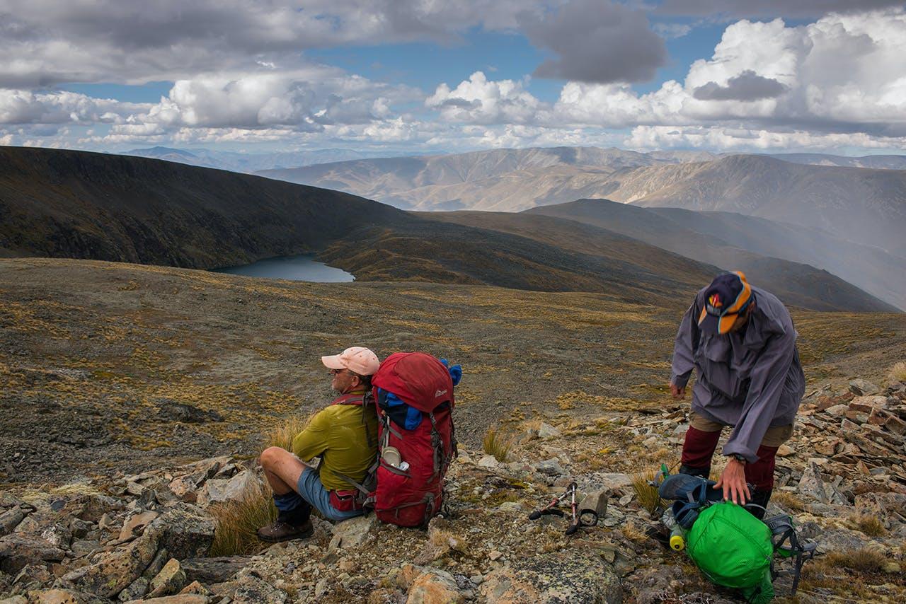 Preparing for the descent to Hidden Lake. Photo: Pat Barett