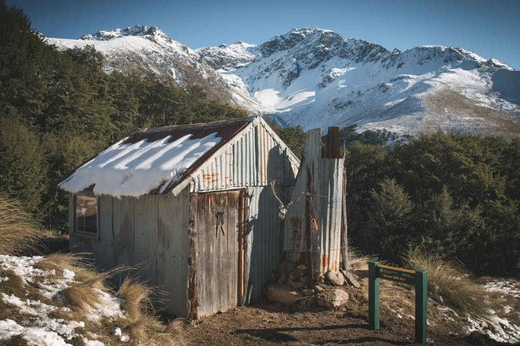 Home Hill Hut with Ailsa Mountains beyond.