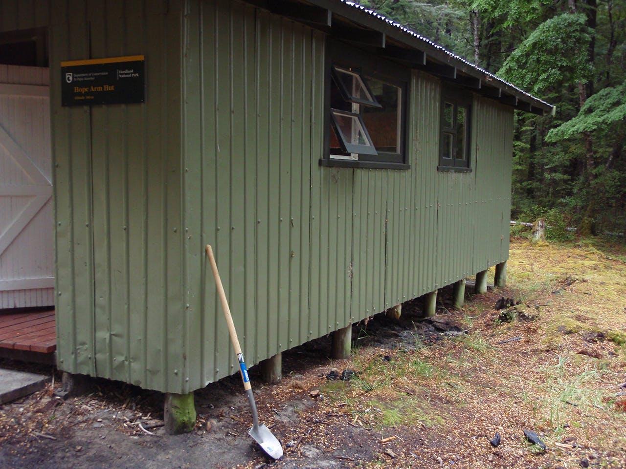 The burnt area beneath Hope Arm Hut. Photo: Craig Good, DOC