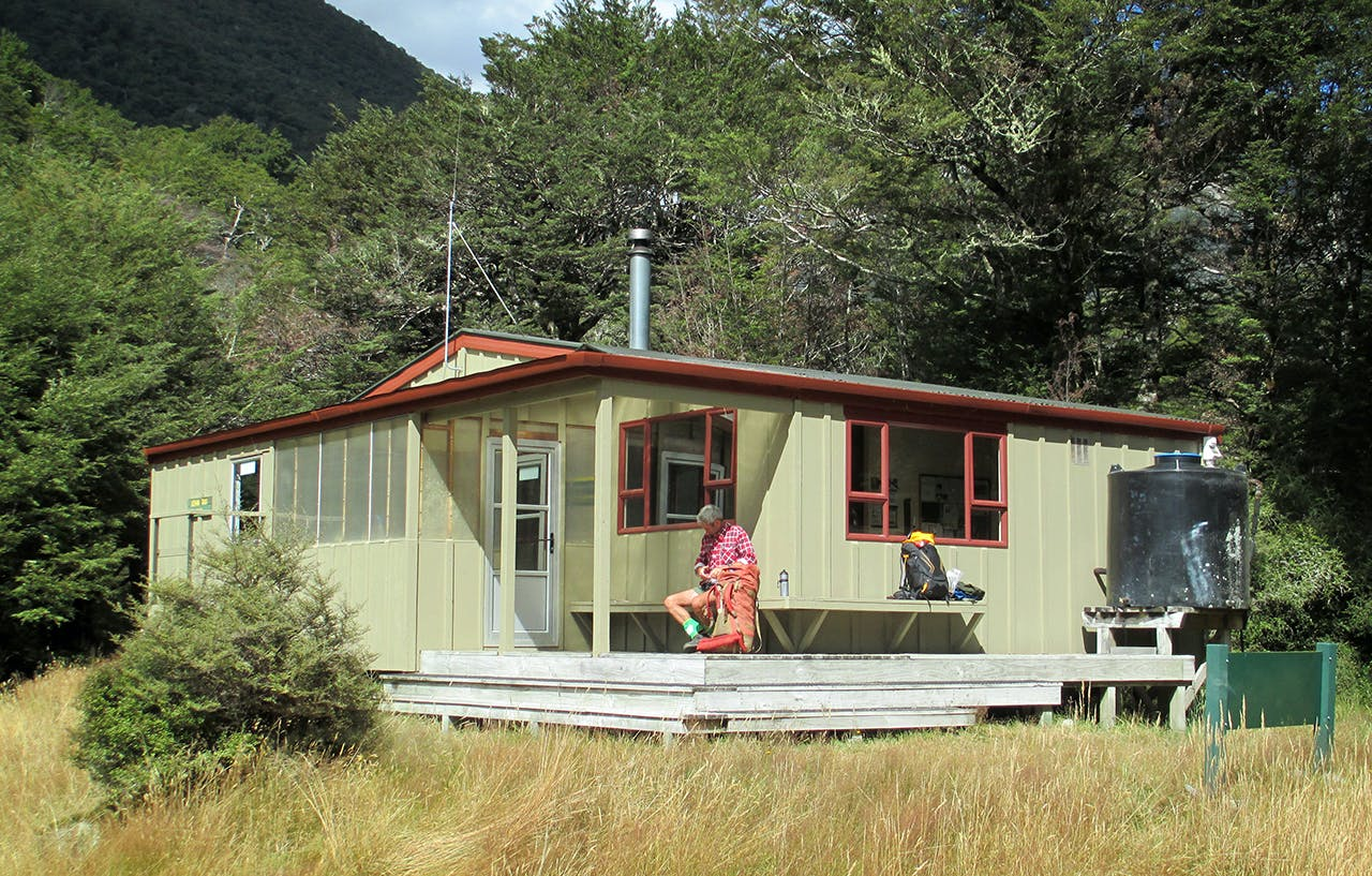 John Tait Hut i the Travers Valley. Photo: David Dawkins