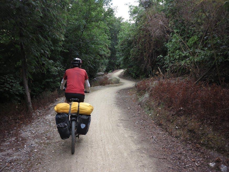 Switchbacks-a-plenty on the trail through Roxburgh Gorge. Photo: Dan Slater