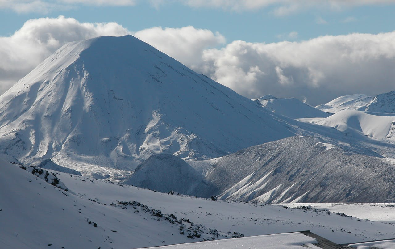 Follow in the footsteps of Hobbits – from Matamata to Mt Doom/Mt Ngauruhoe. Photo: Alistair Hall