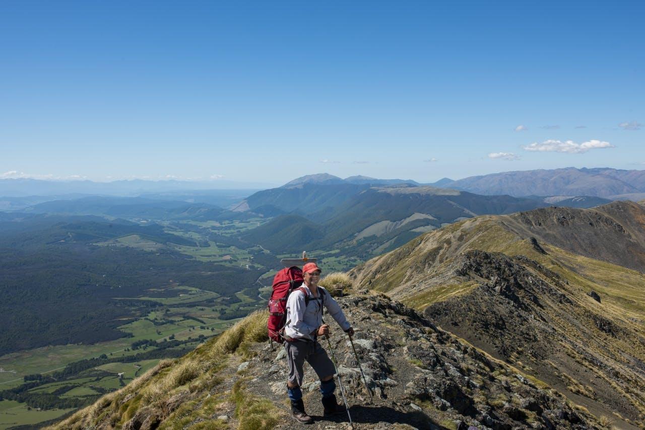 Mike on St Arnaud Range above Parachute rocks.