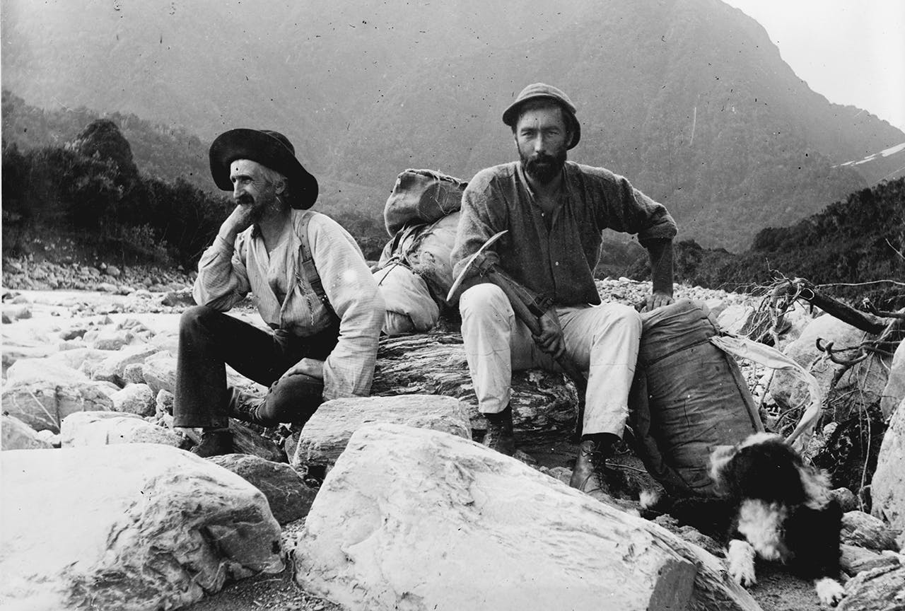 Arthur Harper, right, was a founding member of the NZAC. Photo: Alexander Turnbull Library