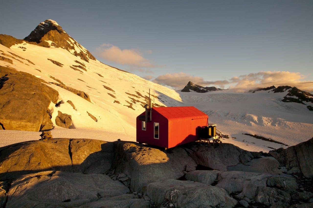 Colin Todd Hut, Mt Aspiring National Park. Photo: Nick Groves