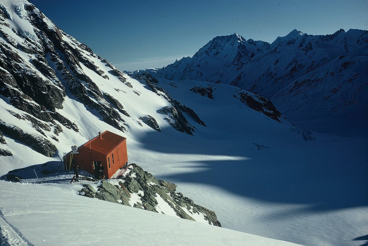 Tasman Saddle Hut, Aoraki/Mt Cook National. Photo: Sandra Parkkali