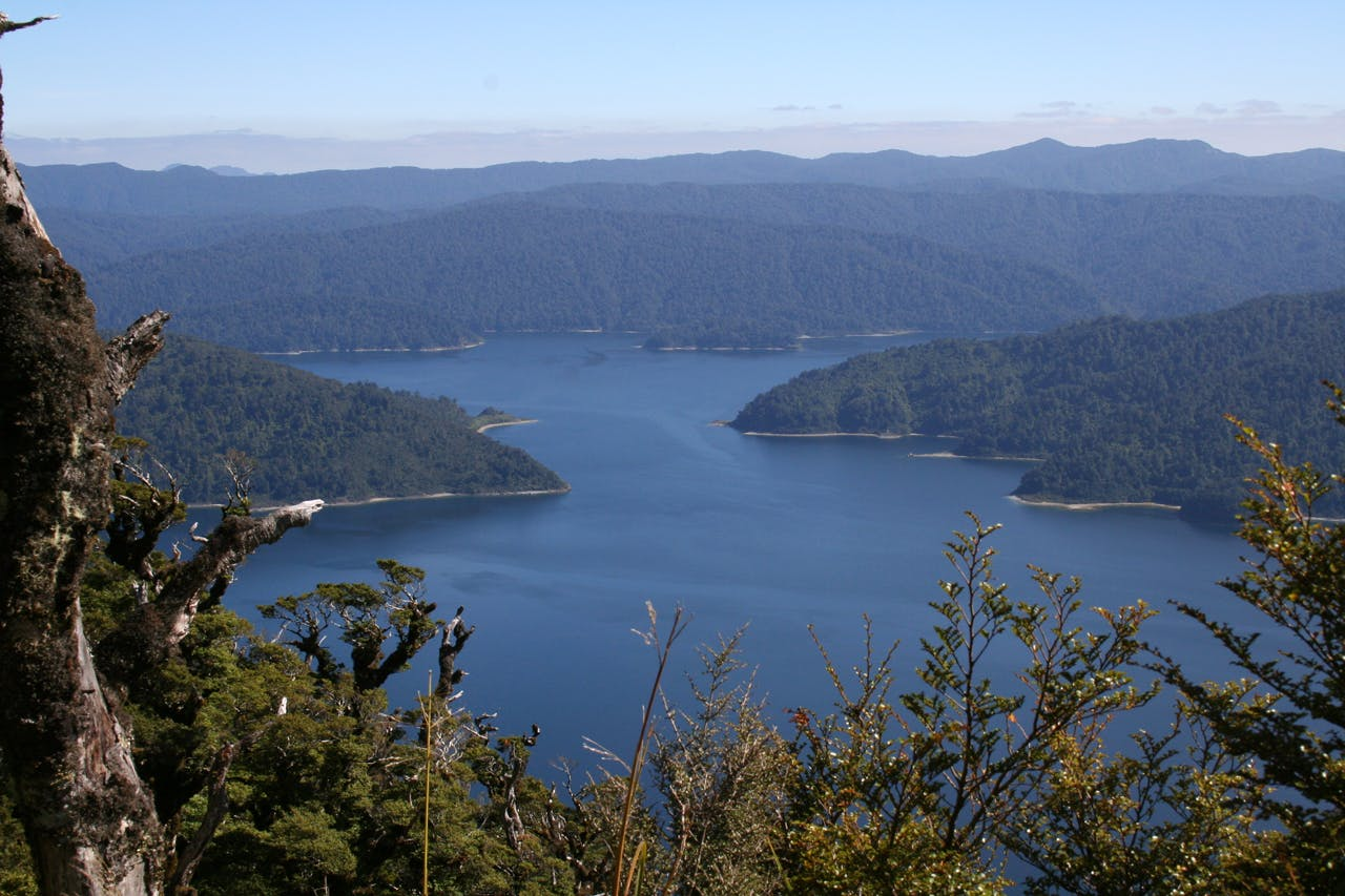 Lake Waikaremoana from Panekiri Range