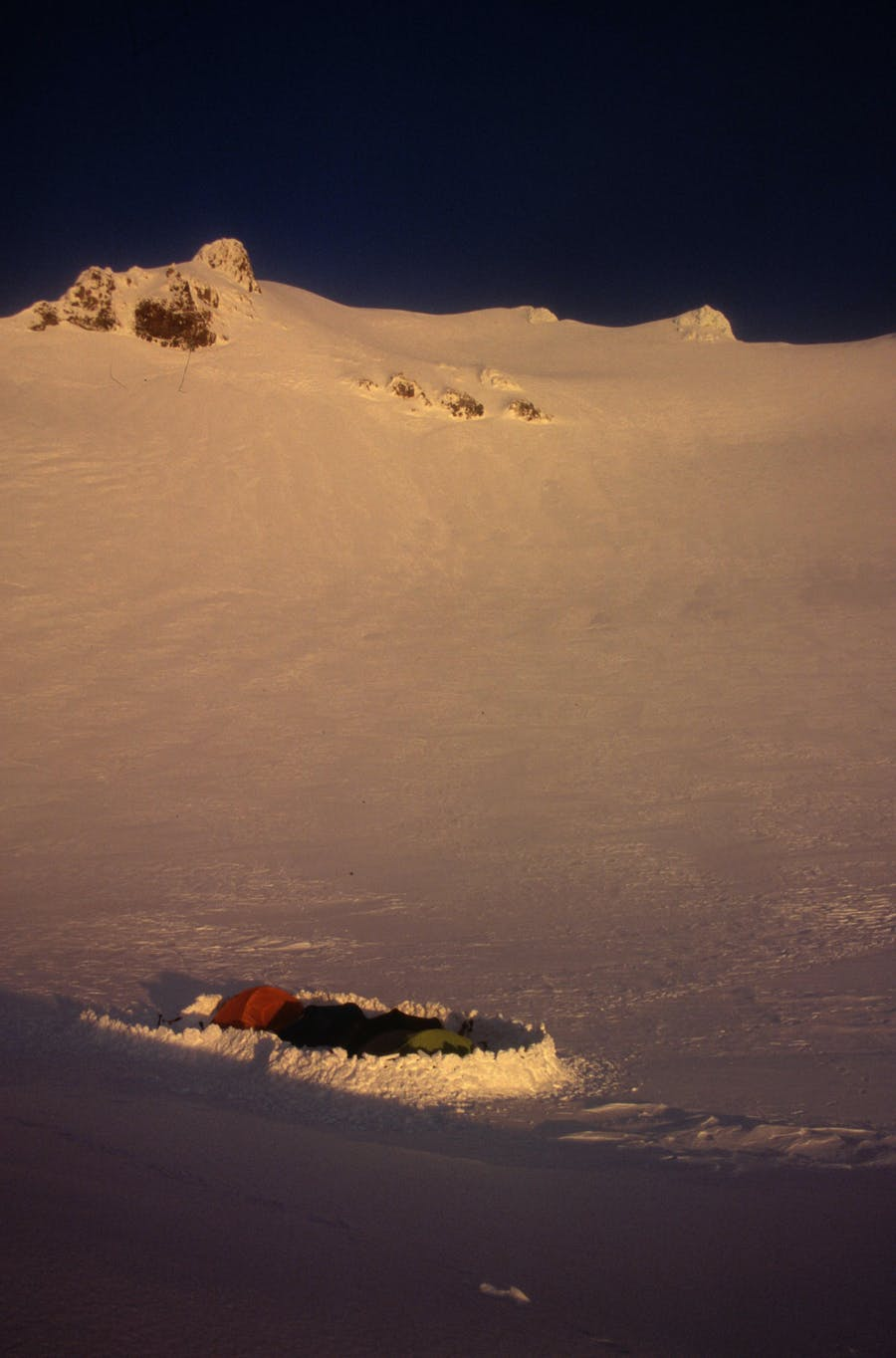 Campsite on the Wahianoa Glacier. Photo: Richard Davies