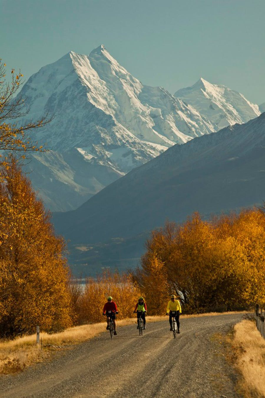 Ride in the shadow of Aoraki/Mt cook on the Alps 2 Ocean Cycle Trail
