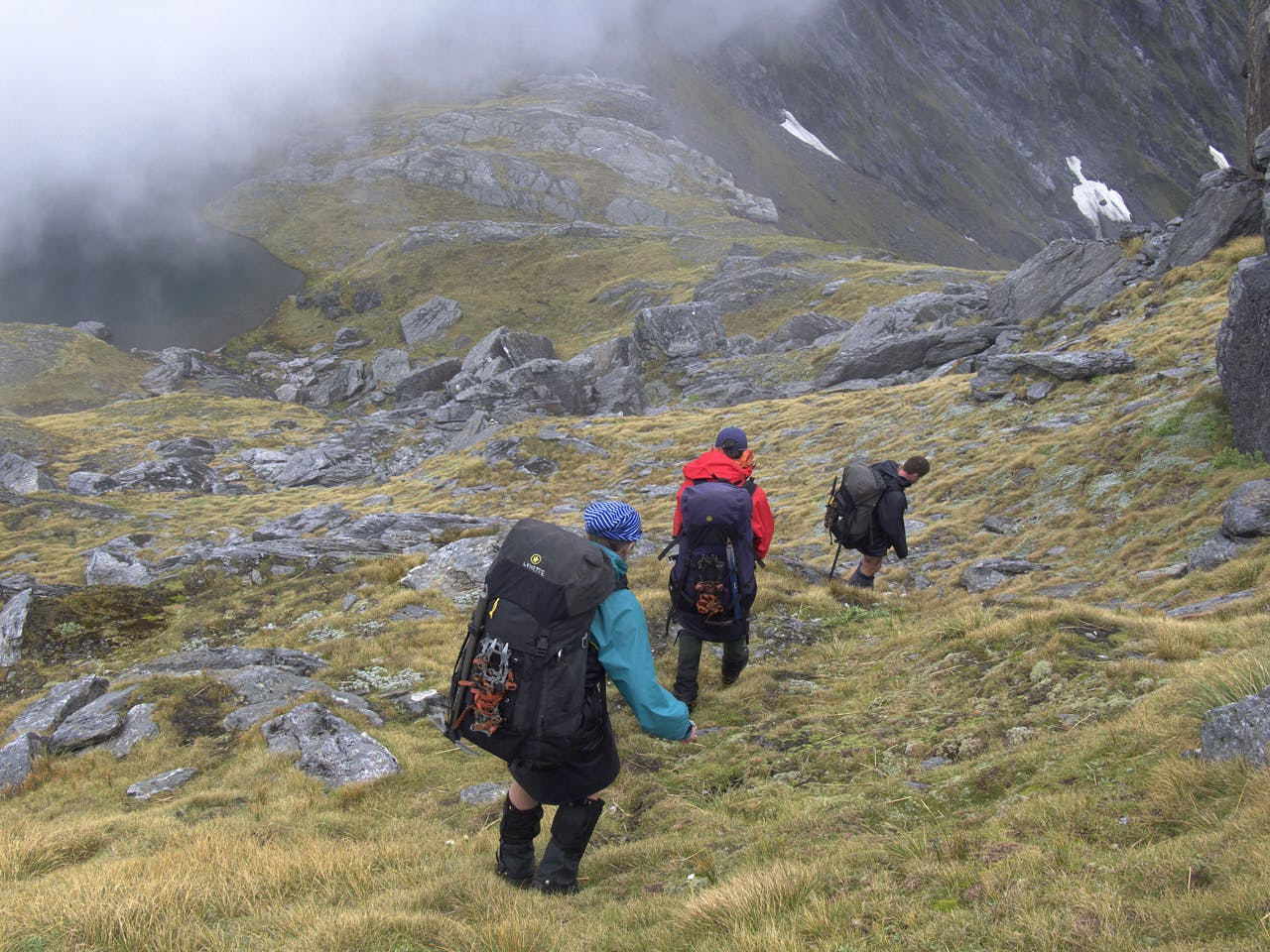 Descending to a saddle on the Thomas Range between 1717m and Mount Stevenson. Photo: Geoff Spearpoint