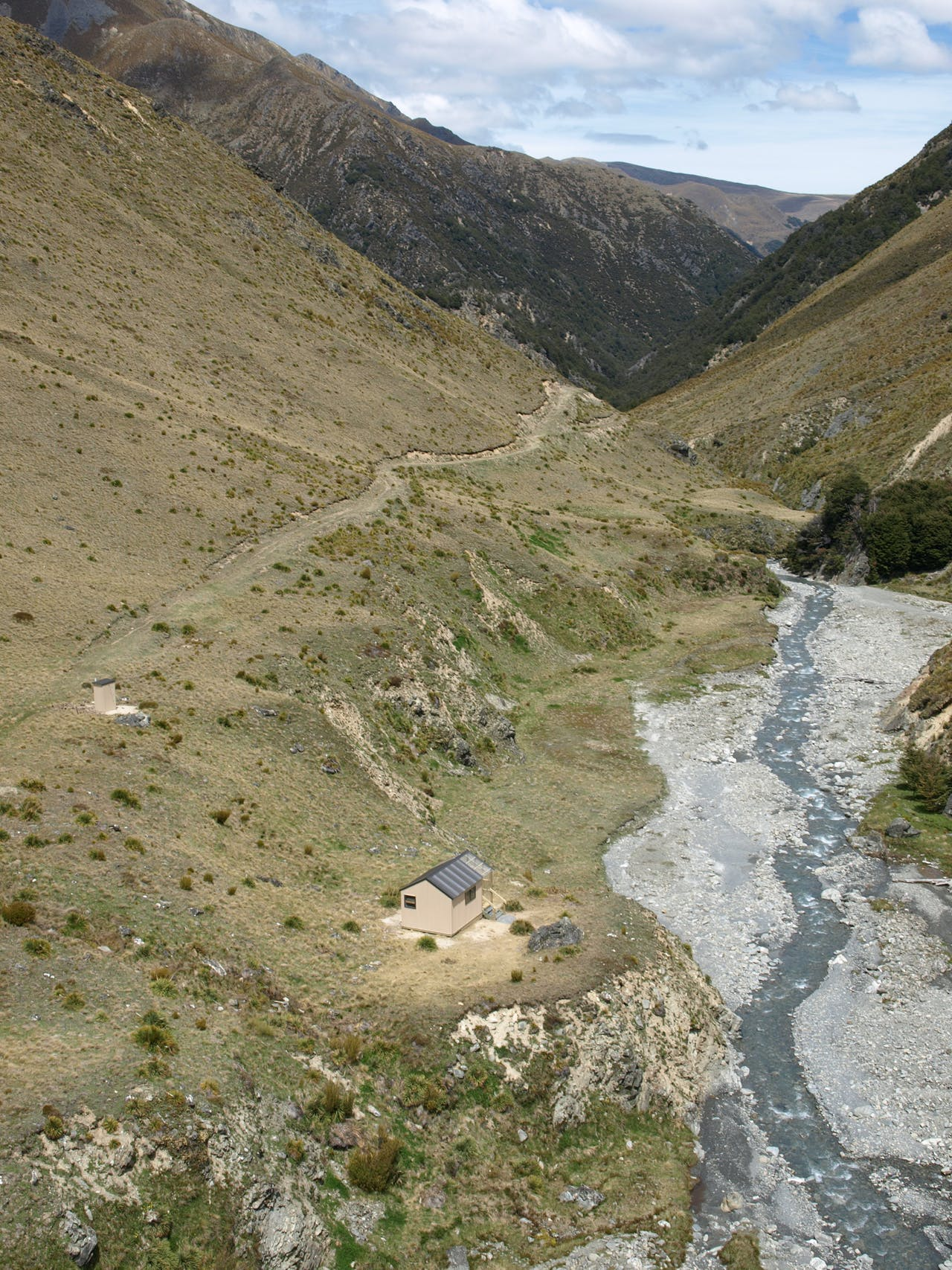 Top Timaru Hut is now accessed without having to cross the Timaru River